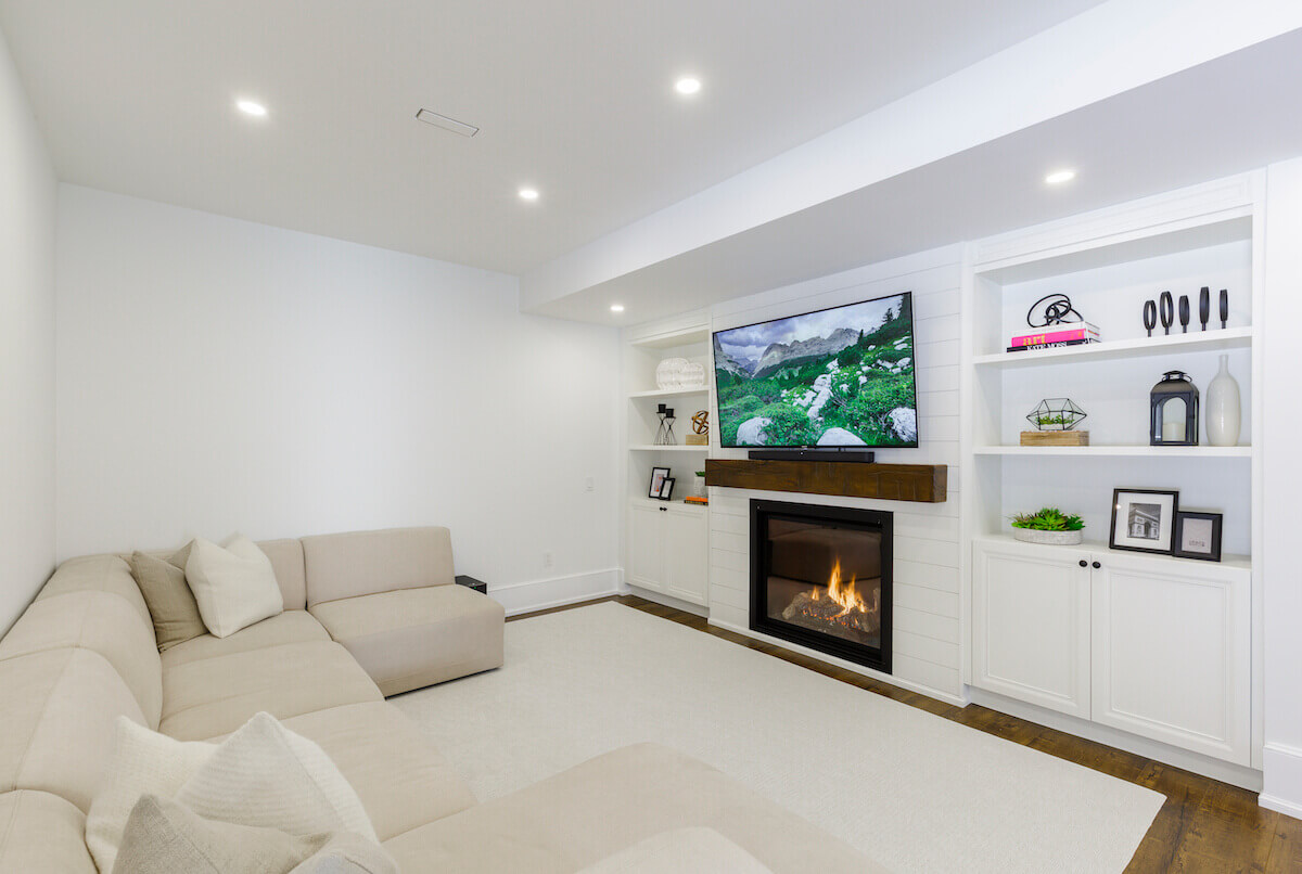basement family room in Toronto